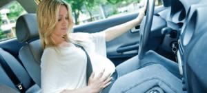 Нужно ли использовать ремни безопасности во время беременности