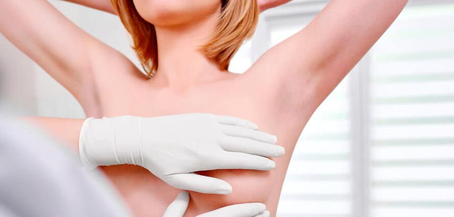 Уплотнение в левой груди